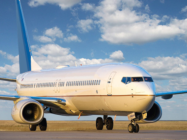 airliner-boeing-737-300