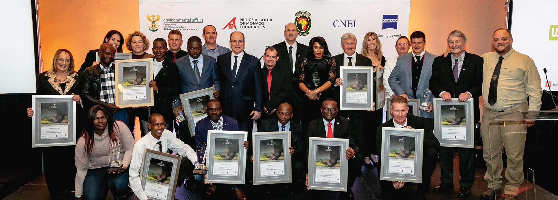 http://cardinal-air.co.za/wp-content/uploads/2019/07/C-AIR-Rhino-Conservation-Awards-1920x690.jpg